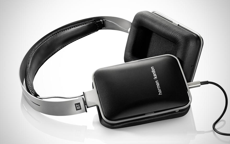a098a60fdb7 Harman Kardon BT & AE Headphones | MIKESHOUTS