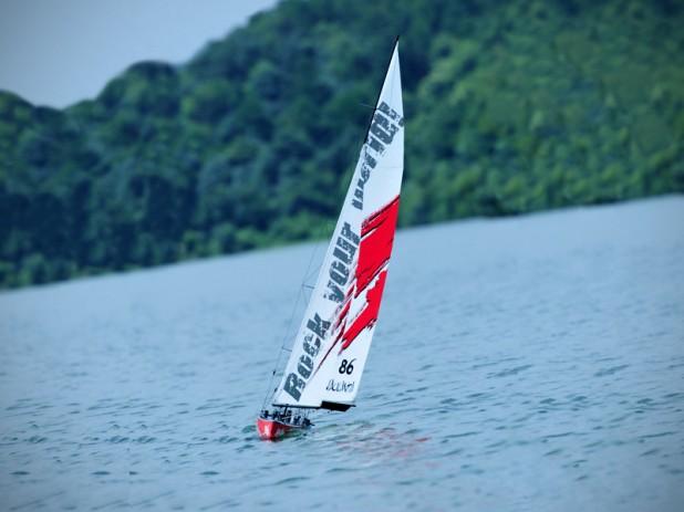 Thunder Tiger Nautantia 1M Racing Yacht