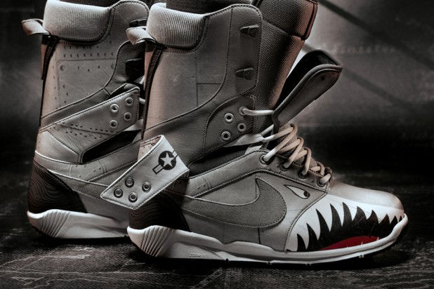 Nike Zoom DK QS Double Tongue Snowboarding Boot