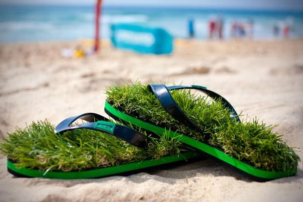KUSA Synthetic Grass Flip Flops