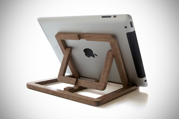 iPad Stand by OOOMS