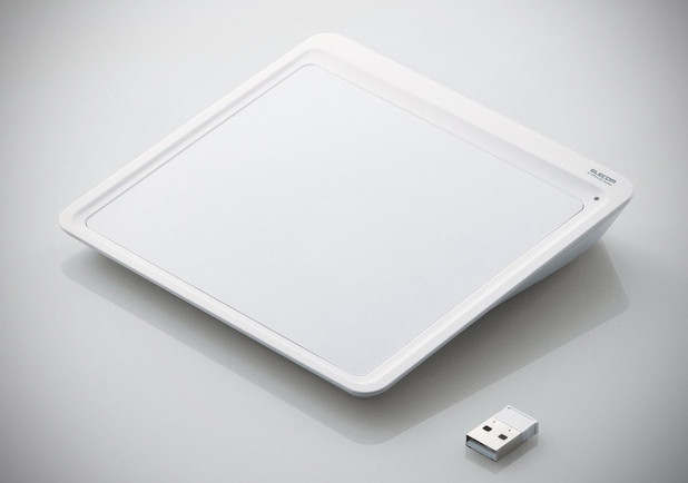 Elecom Wireless Multitouch Trackpad for Windows M-TP01DSWH