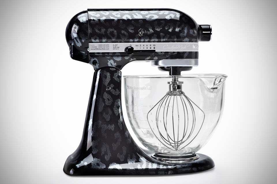 Limited edition kitchenaid hand painted stand mixers mikeshouts - Decorated kitchenaid mixer ...