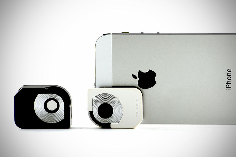 iPhone 5 Trygger Camera Clip