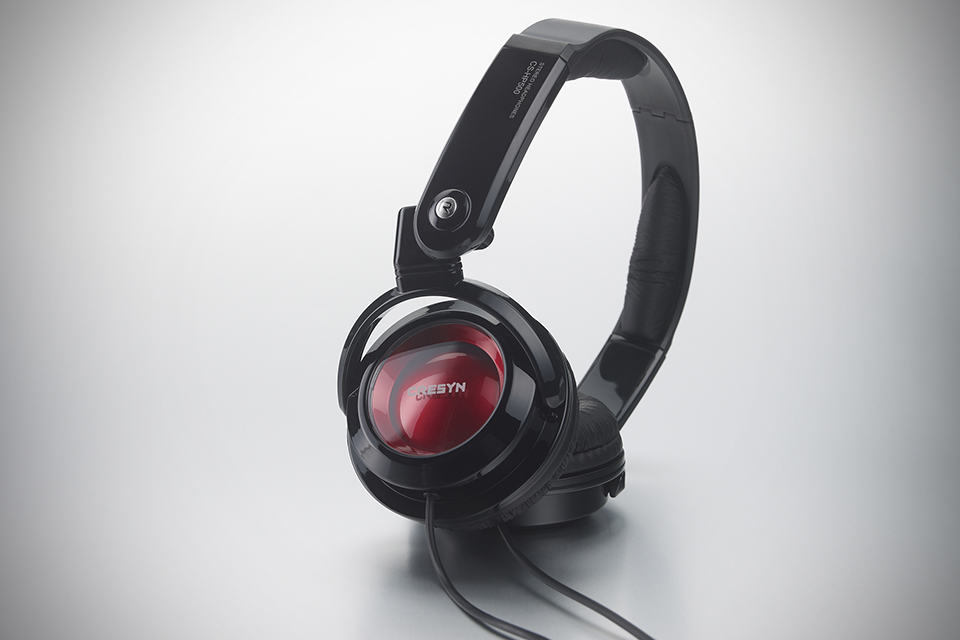Cresyn CS-HP500 Headphones - Black and Red