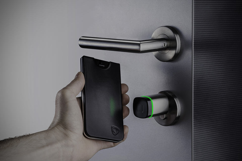 CalypsoKey - Home Keyless Entry with iPhone