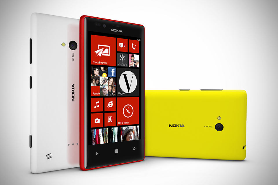 Nokia Lumia 720 Windows Phone 8 Cameraphone - Group Photo