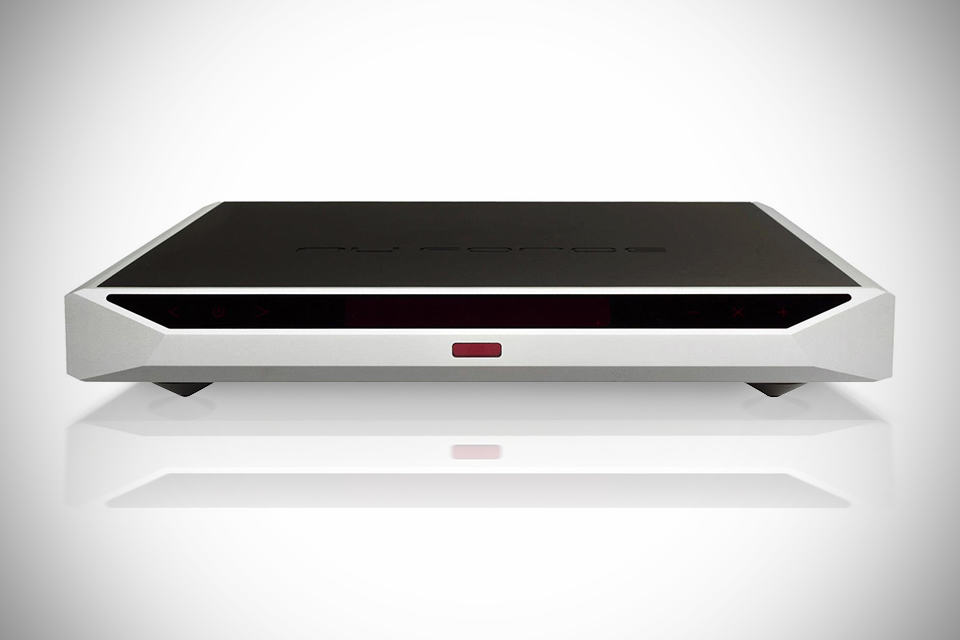 NuForce IA-18 Integrated Amplifier