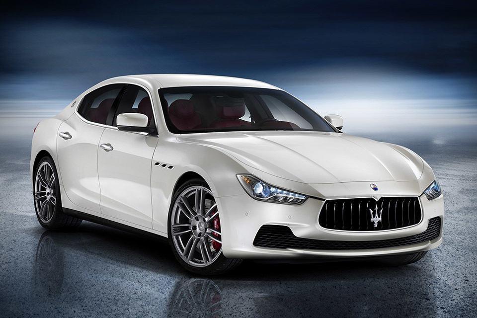2014 Maserati Ghibli Sports Executive Sedan