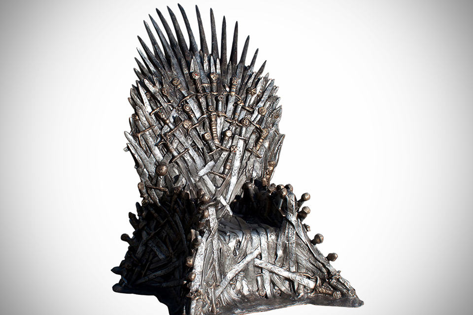 These reviews of the life size iron throne replica are the for Buy iron throne chair