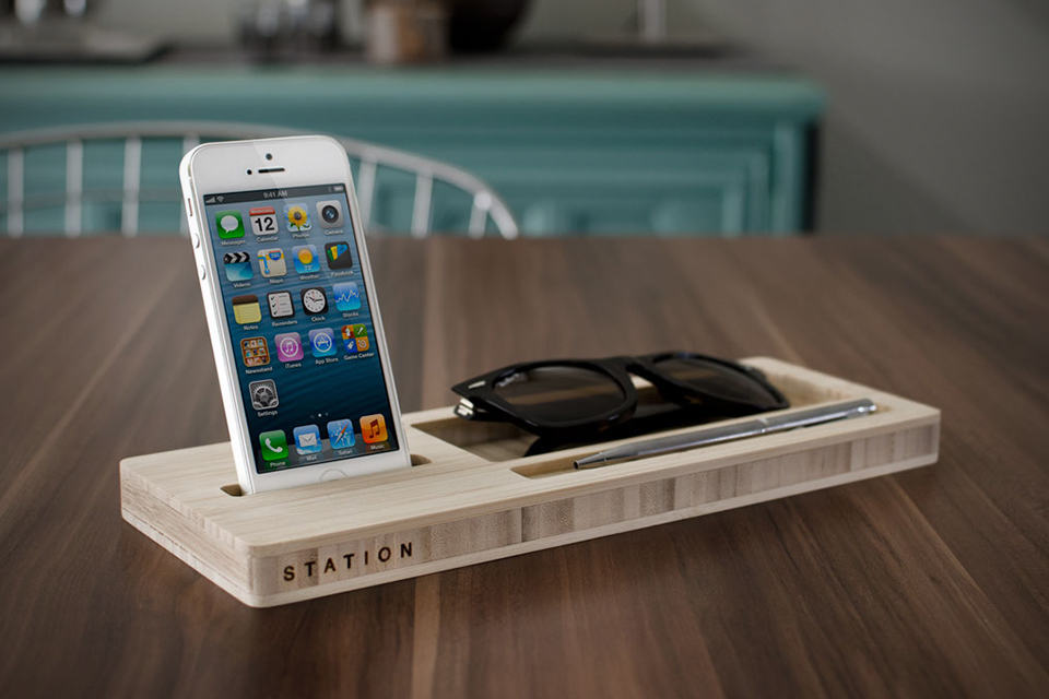 STATION Desktop Organizer