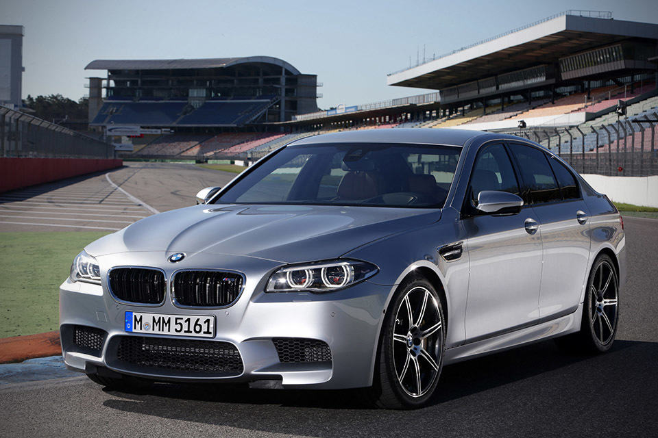 2014 BMW M5 Sports Sedan