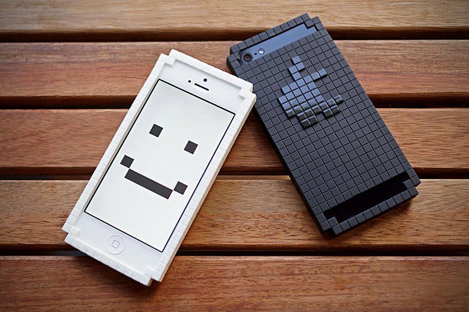 8-Bit Case for iPhone 5