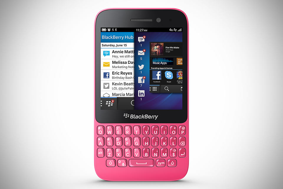 BlackBerry Q5 QWERTY Smartphone
