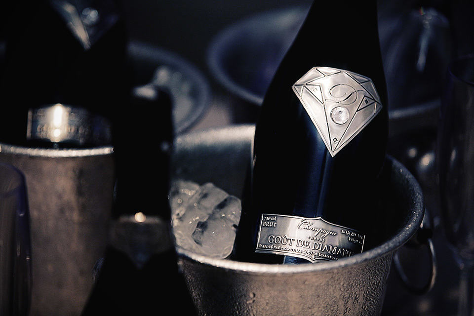 Goût De Diamants Luxury Champagne by Amosu