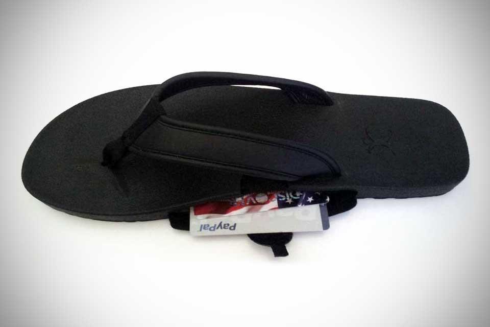 SlotFlops – Flip Flops with Secret Compartments