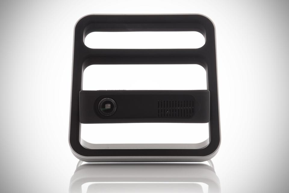 bēm Kickstand Portable Projector