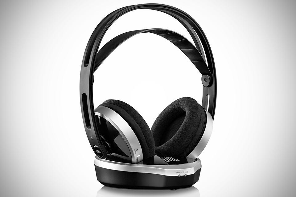 JBL WR2.4 Wireless Headphones