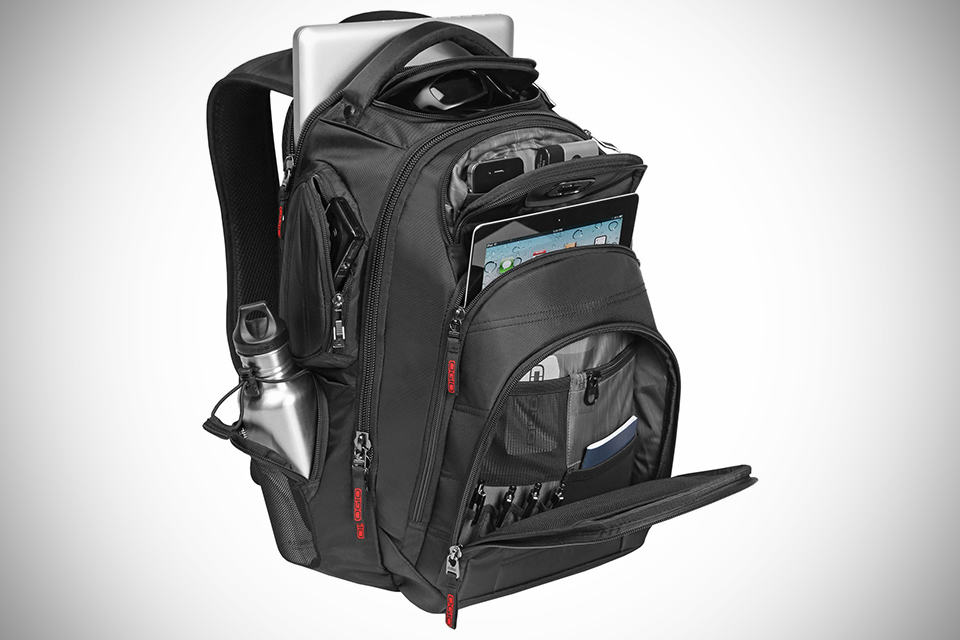 OGIO GAMBIT 17 Laptop Backpack - MIKESHOUTS