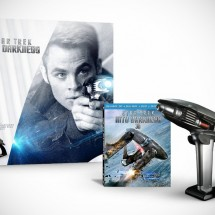 Star Trek Into Darkness Starfleet Phaser Gift Set