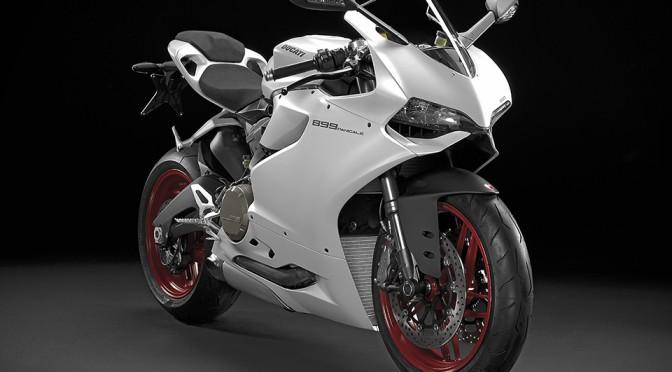 2014 Ducati 899 Panigale Superbike - Arctic White Studio
