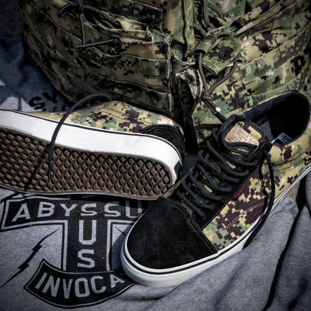 "DEFCON x Vans Syndicate Camouflage Sneakers - Old Skool ""S"""