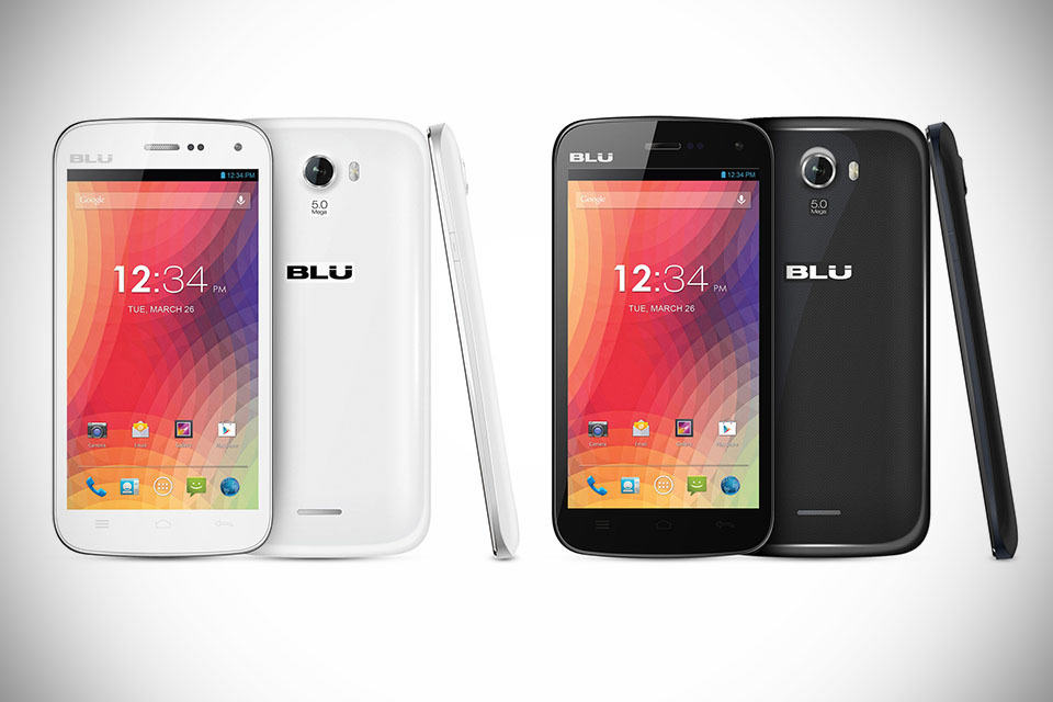 BLU-Advance-4.0-and-STUDIO-5.0-II-Smartphone-main.jpg