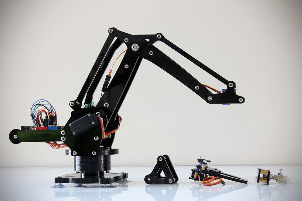 Uarm miniature industrial robot arm kit mikeshouts