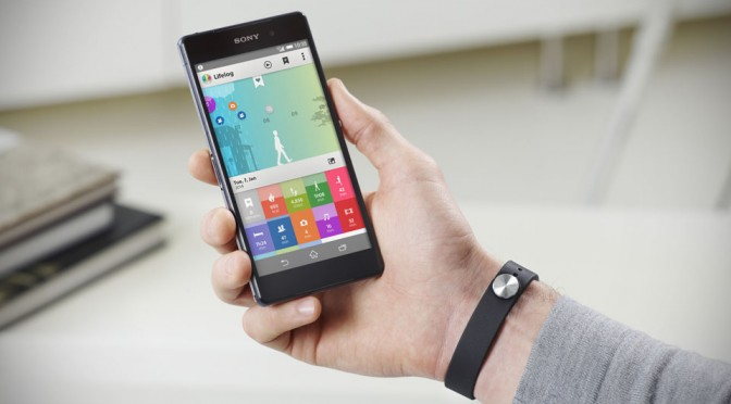 Sony SmartBand SWR10 with Lifelog App