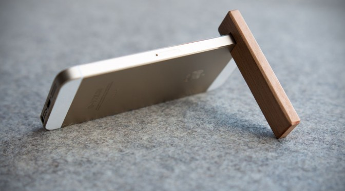 COBURNS Junior Minimalist iPhone Stand