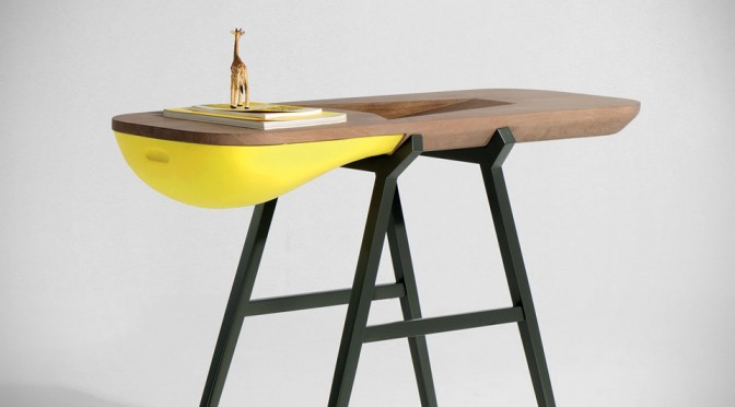 Balka Console Offers A Cure For Small Clutters