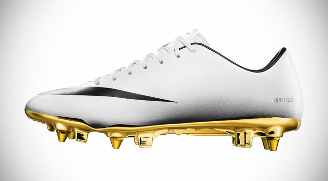 equilibrar crimen Mayor  Nike Mercurial Vapor IX CX7 Cristiano Ronaldo Edition | SHOUTS