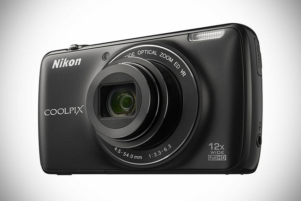 Nikon COOLPIX S810c Android Camera