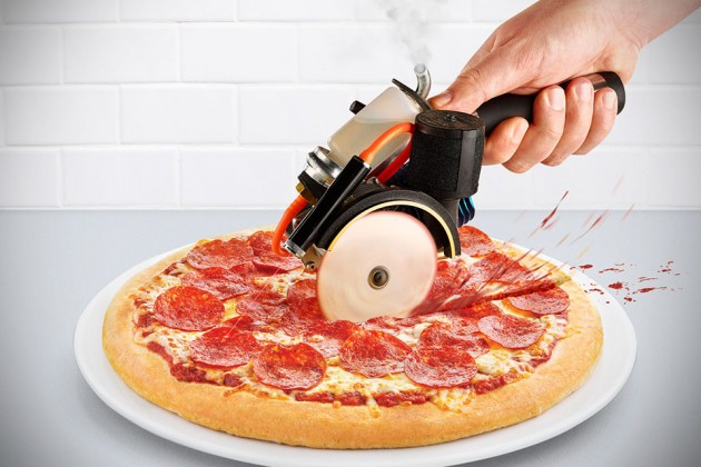 Pizza Game Changer - Gas-powered Pizza Cutter