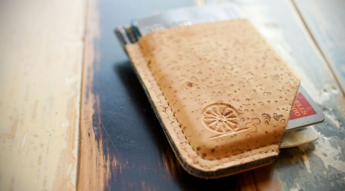 STITCH & LOCKE Minimalist Cork Wallet