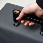 Weighing Handle Tells You If Your Suitcase Is Overweight