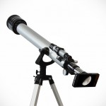 This Telescope Lets You View The Moon Using Your iPhone 5