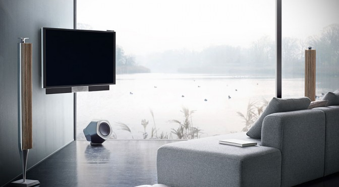 Bang & Olufsen BeoVision Avant – A 55-inch 4K TV That Literally Moves