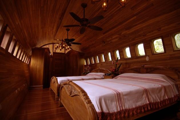 Travel: Boeing 727 Fuselage Hotel Suite At Hotel Costa Verde