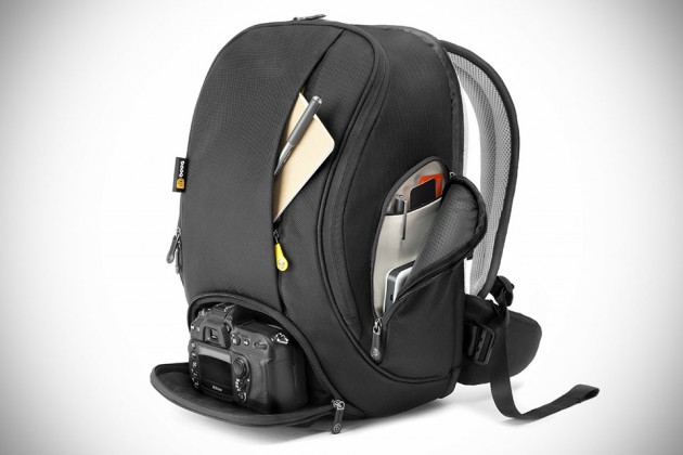 Booq Flow Graphite Backpack