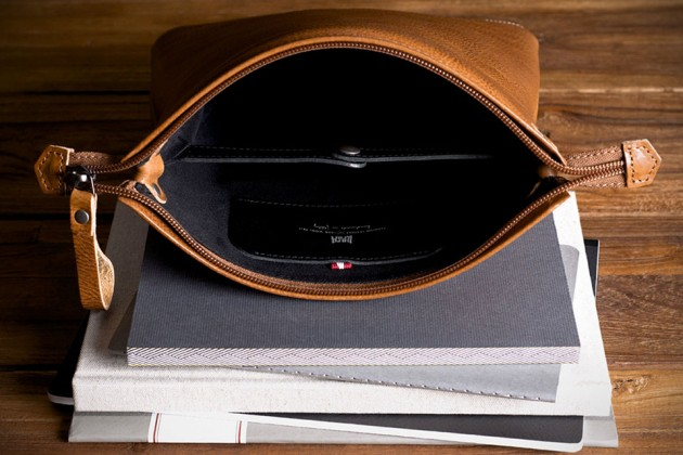 B&O Play Headphones Accessories By Hard Graft - Peak Headphone Case