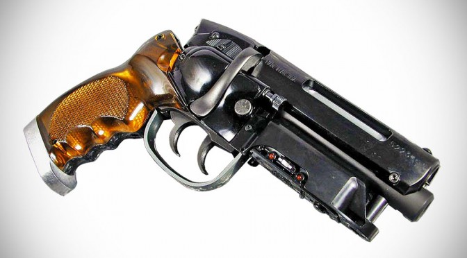 $900 Blade Runner Blaster Pro Is As Close As You Can Get To The 'Real Thing'