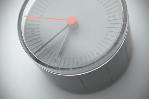 11+ World Clock by cloudandco