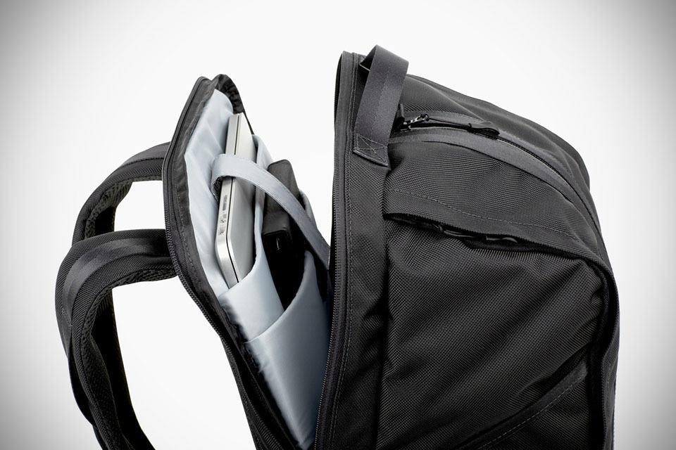 Aer Duffle Pack Gym Bag