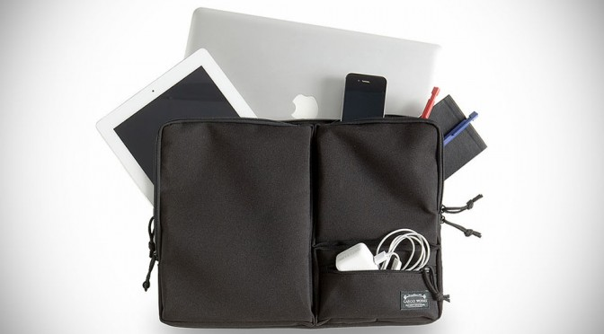 MacBook Module Sleeve Lets You Carry Your Apple Essentials Without The Bulk
