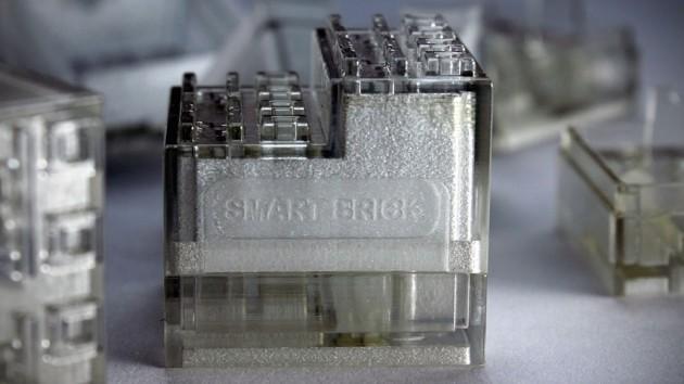 SmartBrick Bluetooth LEGO Controller