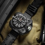 SureFire Puts A Rugged Luminox Timepiece Into Its 2211 WristLight