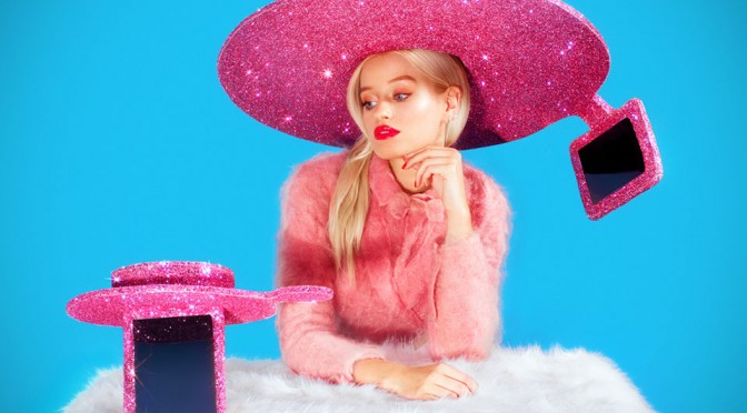 Acer's Glittery Selfie Sombrero Is The Ultimate Selfie Fashion Statement