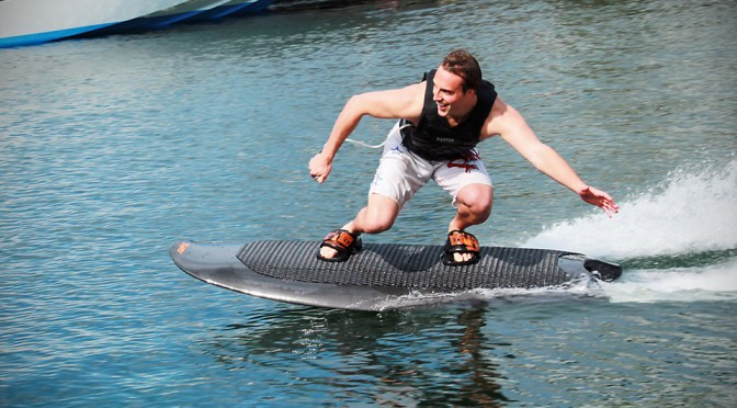 This Electric Wakeboard Lets You Wakeboard Without a Wakeboat Boat