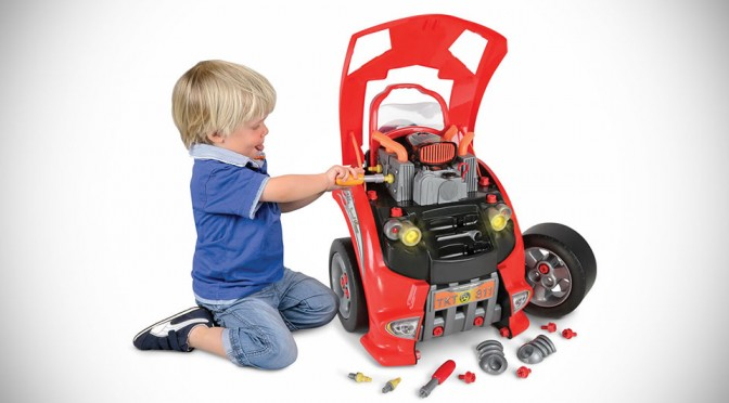 Car Service Station Playset Lets Your Kids Experience The Process Of Servicing A Real Car